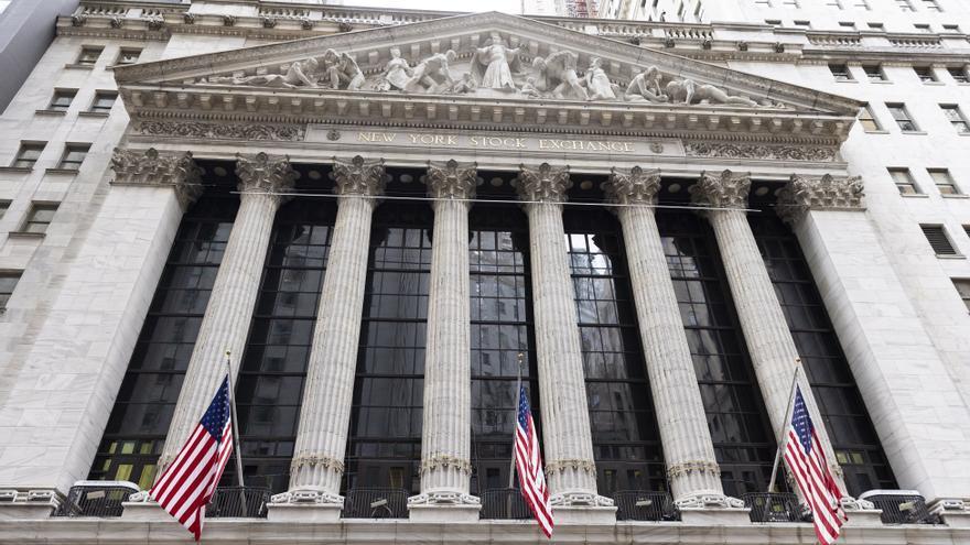 Wall Street cierra una sólida primera mitad del año en terreno récord