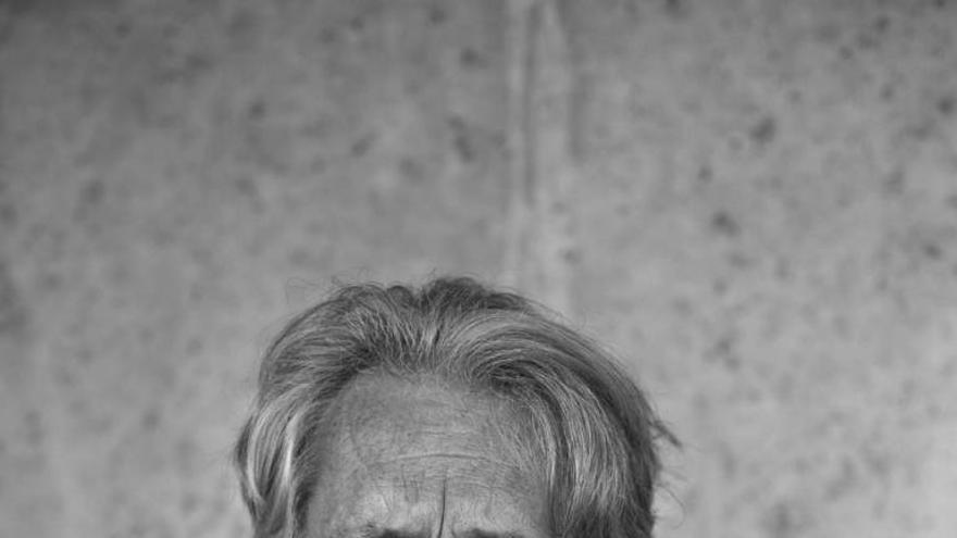 El escritor francés Patrick Deville.