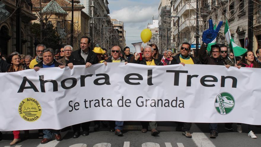 Manifestación contra el aislamiento ferroviario de Granada