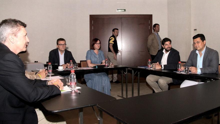Encuentro entre PP, Vox y Cs en el Hotel Nelva/ Cs Región de Murcia
