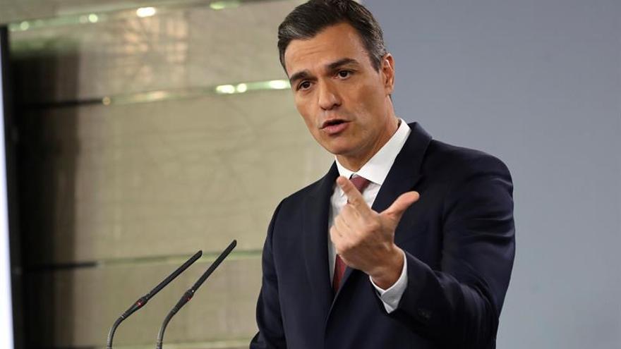 Sánchez inicia agenda en Cuba con ofrenda floral antes de la cumbre bilateral
