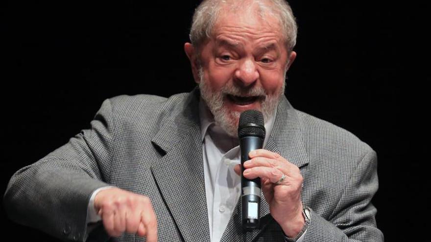 La Justicia brasileña bloquea cuatro cuentas bancarias de Lula
