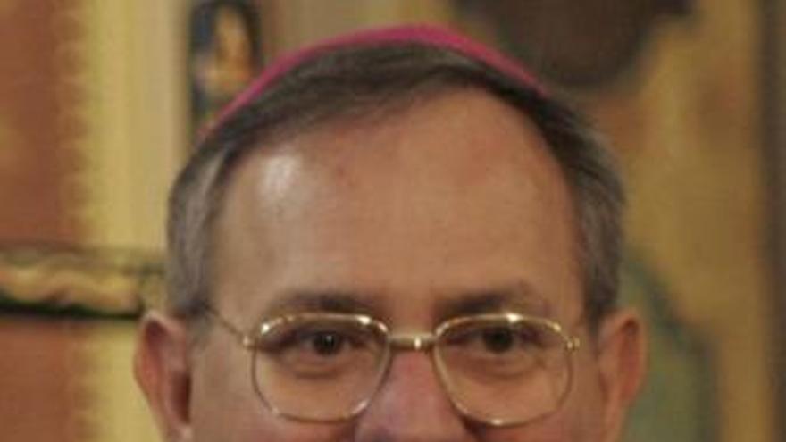 El obispo católico Luigi Padovese, asesinado en Turquía