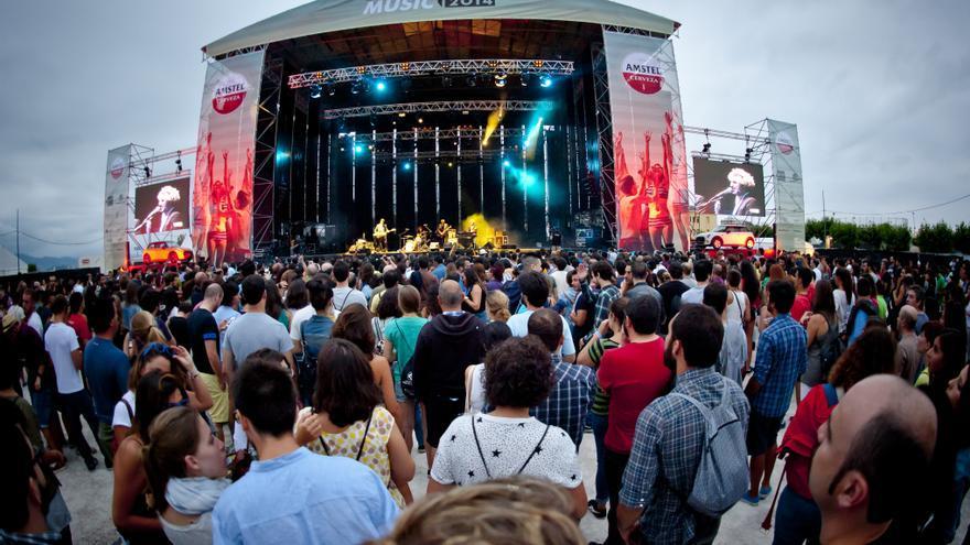 Público durante una pasada edición de Santander Music en La Magdalena. | EL REY LAGARTÓN