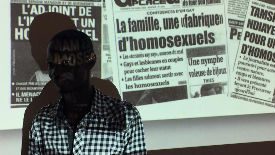 Michel iba para cura, pero ahora da testimonio de la persecución sufrida por ser gay en Senegal.