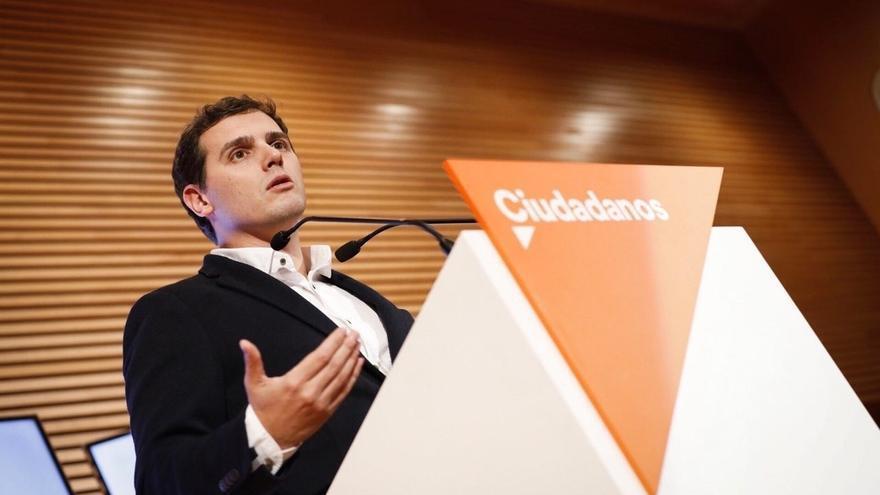 """Rivera ve """"muy significativo"""" que """"los políticos separatistas estén cada día intentando"""" una intervención en Cataluña"""