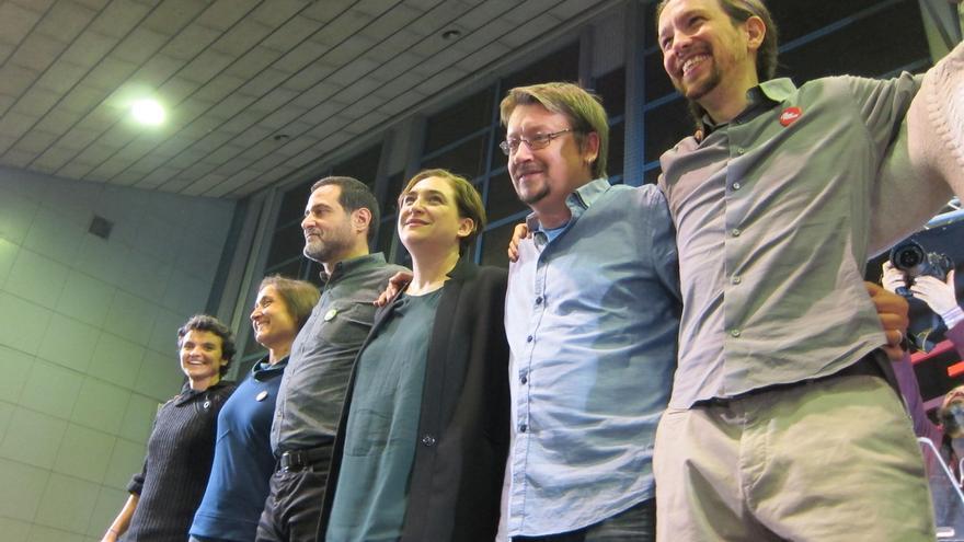 Errejón (Podemos) promete en Cataluña un referéndum y critica la resolución soberanista