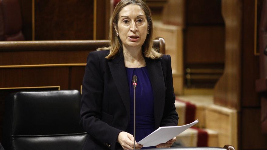 Pastor subraya que el Gobierno está dispuesto a seguir hablando con Cataluña