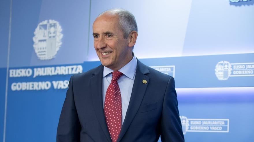 """Erkoreka pide a Rajoy la transferencia de 37 competencias y le acusa de """"incumplir la Ley"""" y """"ningunear"""" a Euskadi"""
