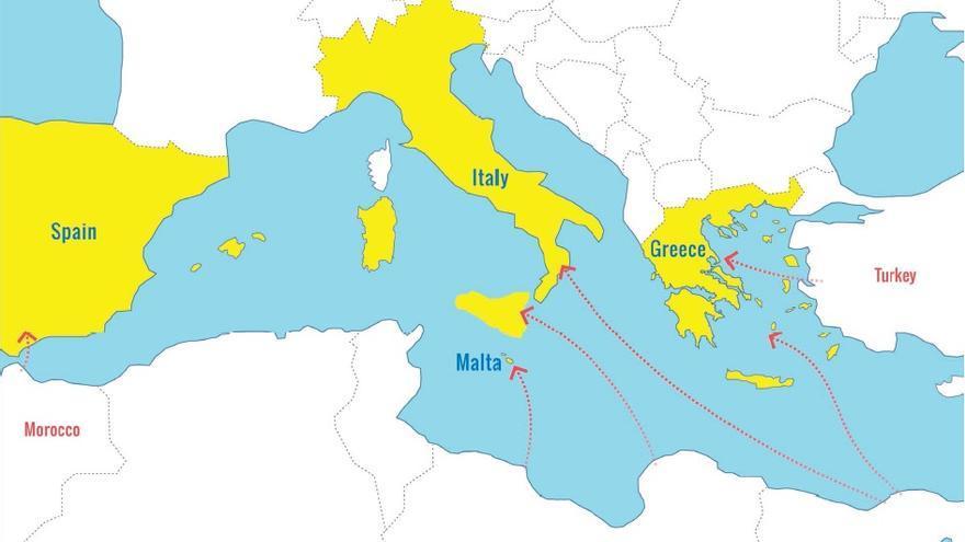 Principales rutas de llegada a Europa por el Mediterráneo en 2015. / Fuente: Acnur.