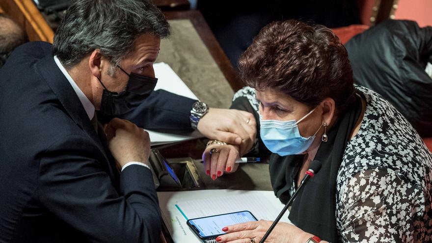 Los parlamentarios de Renzi piden resolver la crisis del Gobierno italiano