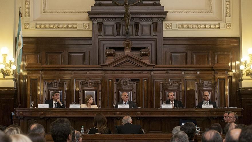 Los 5 integrantes de la Corte Suprema