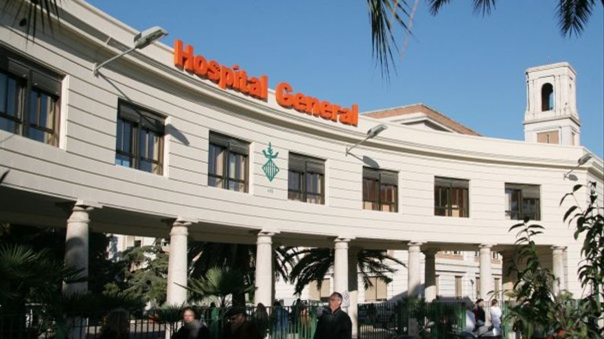 Entrada principal del hospital General de Valencia