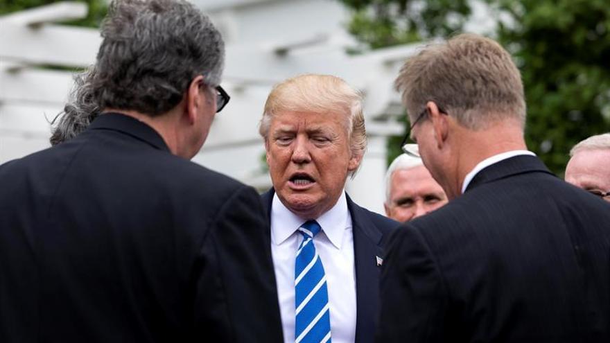 Trump corta abruptamente una entrevista al ser preguntado por espionaje de Obama