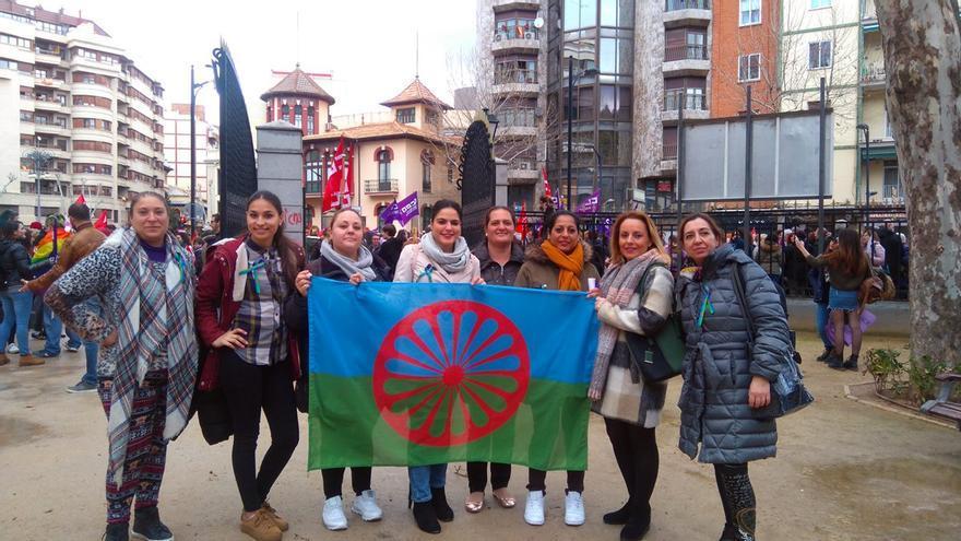 La cuarta ola feminista en la comunidad gitana: cambios con empoderamiento