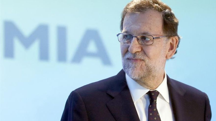 Rajoy prefiere tras el 26J un pacto con el PSOE a gobernar en minoría