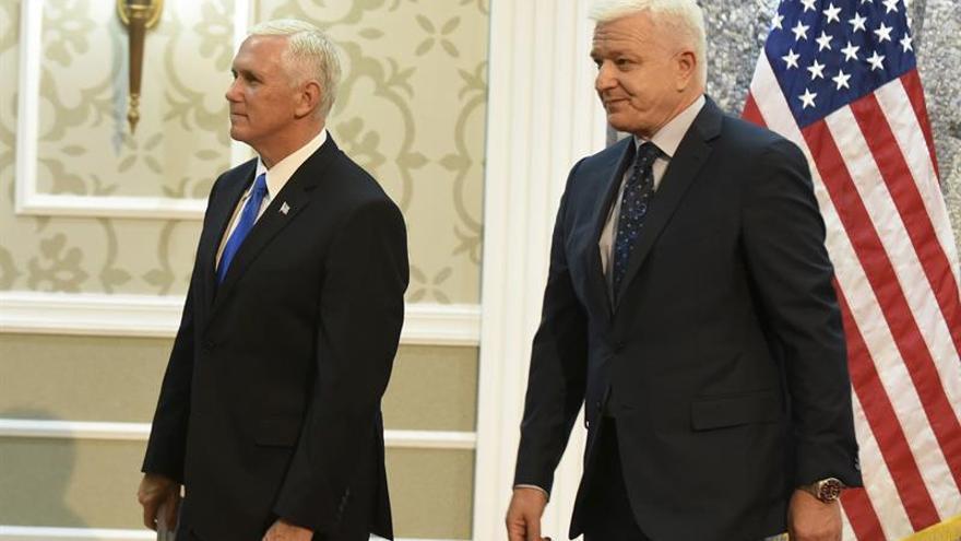 Pence dice que EEUU ve el futuro de los Balcanes en el Occidente