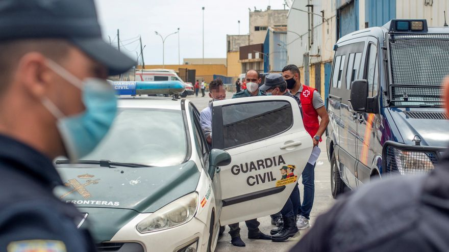 La Guardia Civil permanece desplegada en la frontera tras intento de entrada
