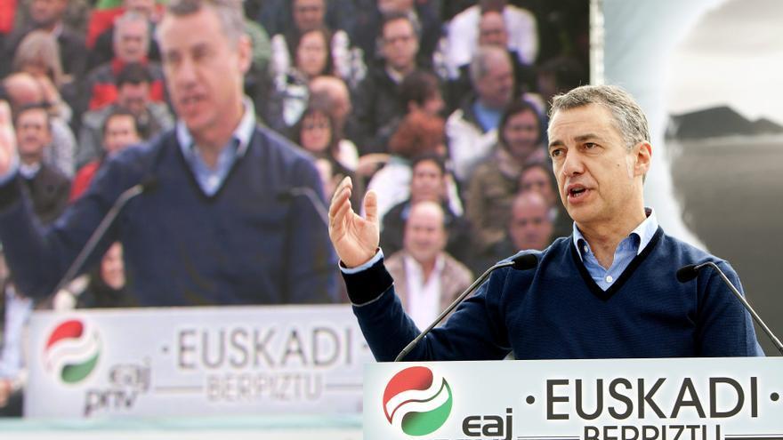 """Urkullu defiende que Euskadi sea una nación """"sin subordinaciones impuestas"""""""