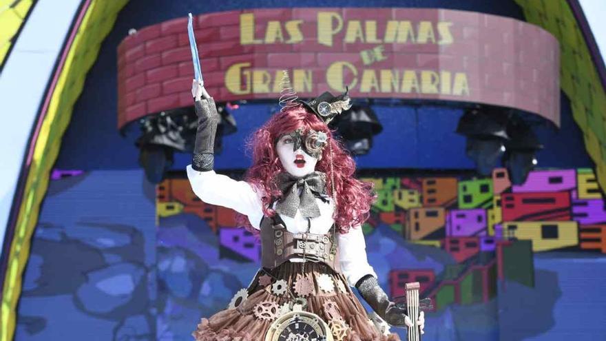 Medio centenar de actuaciones y 1.307 niños dan vida al Festival de Disfraces