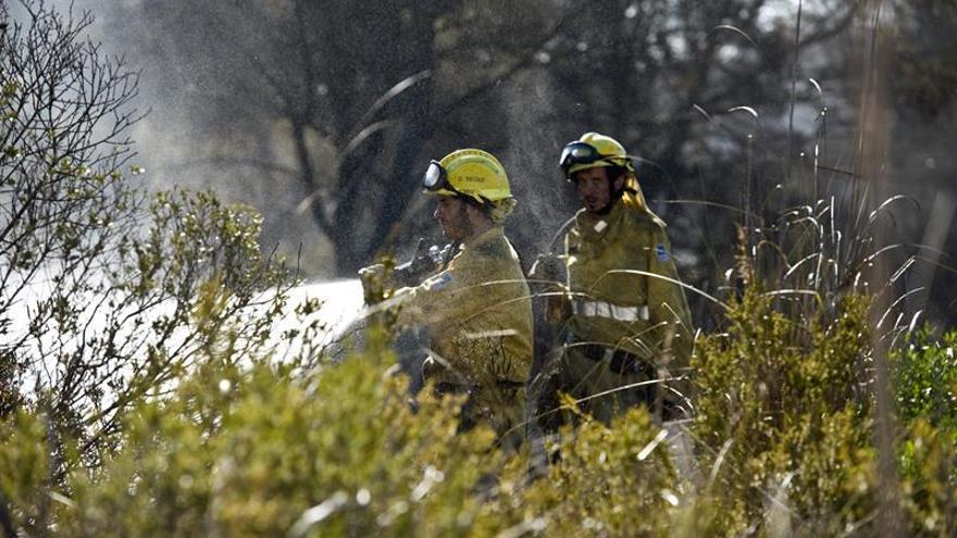 El incendio de Menorca ha sido provocado por unos niños jugando con petardos