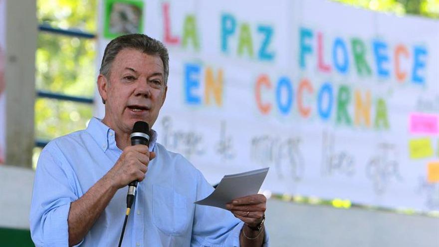 Santos anuncia un cese el fuego bilateral con el ELN a partir del 1 de octubre