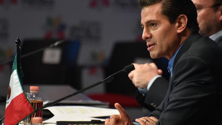 Siguen tareas rescate en edificios donde hay gente atrapada, dice Peña Nieto