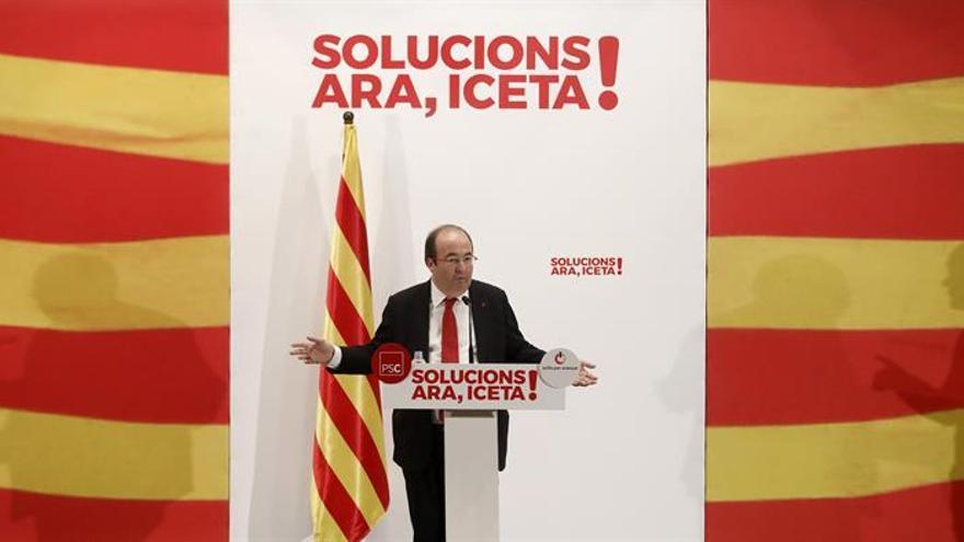 "Iceta se ve capaz de resolver ""en un año"" 30 demandas de Puigdemont a Rajoy"