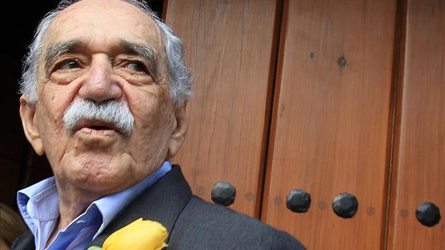 Se espera que García Márquez salga del hospital el martes, dice su hijo