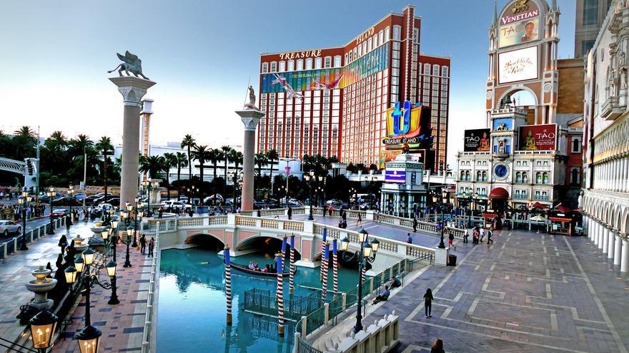 Patio de The Venetian, uno de los casinos más famosos de Las Vegas. Bernard Spragg. NZ