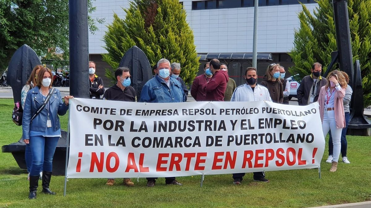Los comités de empresa de Repsol Petróleo se han encerrado durante 24 horas contra el ERTE