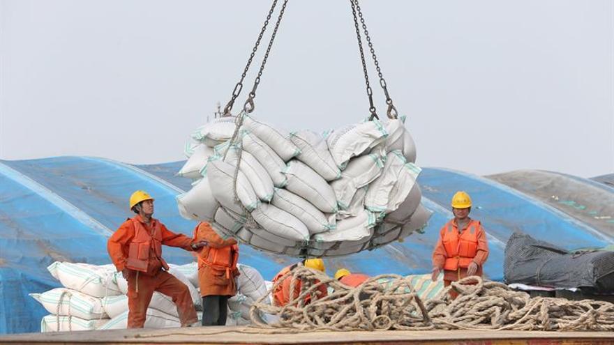 Las exportaciones chinas caen un 1,1 % interanual en noviembre