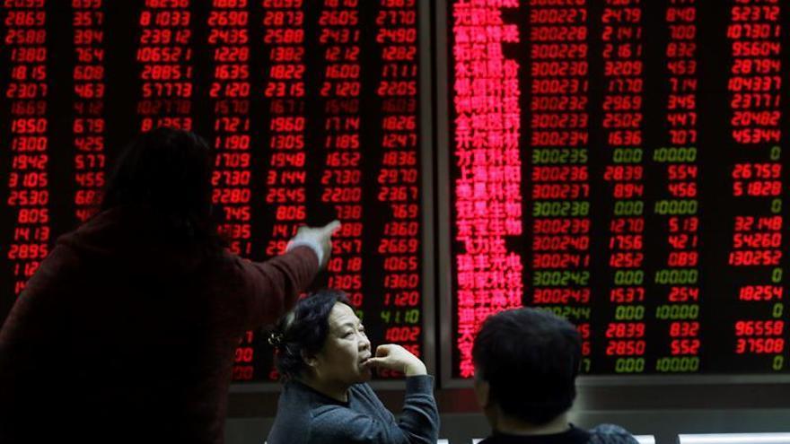 La Bolsa de Shanghái abre con descensos del 0,21 por ciento
