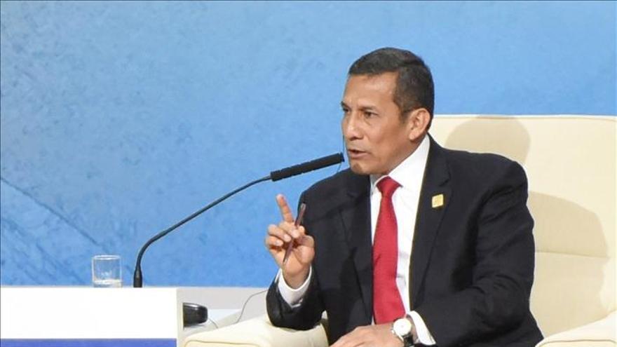Humala aboga por las asociaciones público-privadas para reducir desigualdad