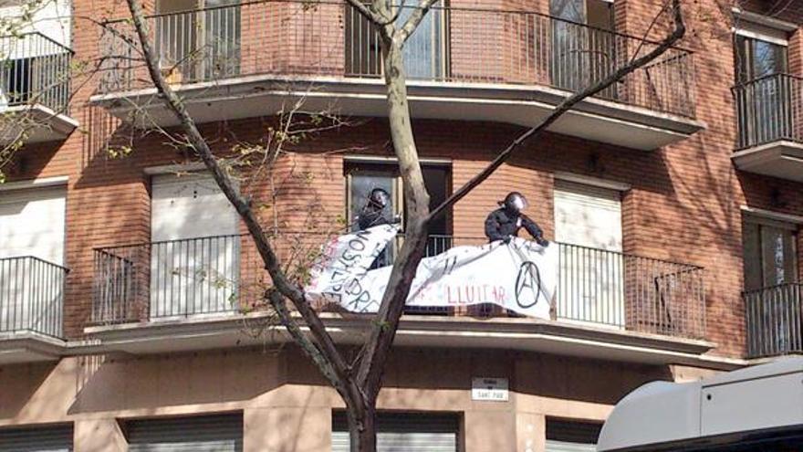 Desalojo de La Rimaia, en ronda Sant Pau, 12 (Barcelona) / Arturo Puente