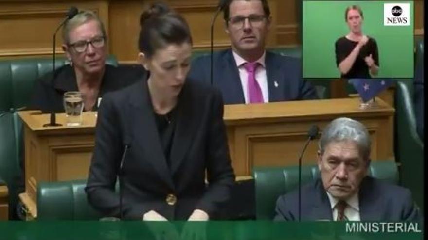 La primera ministra de Nueva Zelanda en el Parlamento