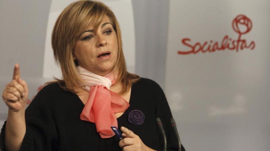 """Elena Valenciano pide """"responsabilidad"""" a los diputados díscolos del PSC"""
