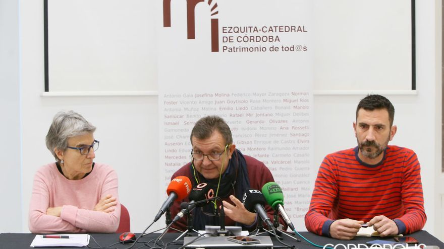 Rueda de prensa de la Plataforma Mezquita Catedral, 'Patrimonio de Todxs' MADERO CUBERO