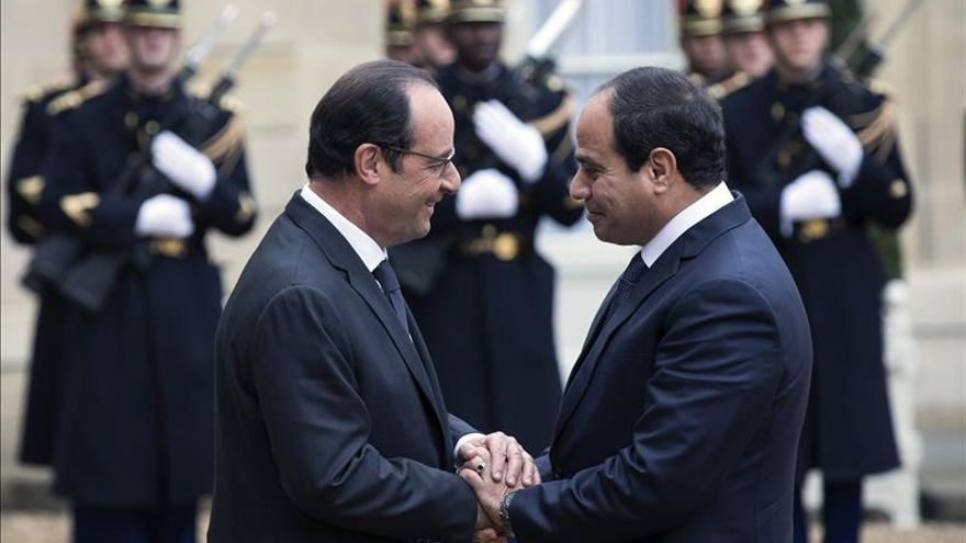 "Francia anima a Egipto a proseguir su proceso de ""transición democrática"""