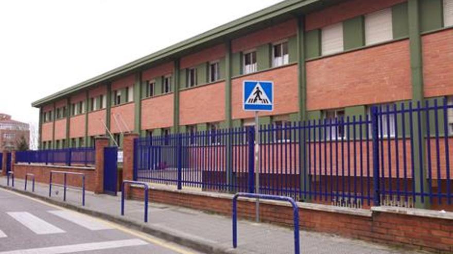 Exterior del Colegio de Educación Infantil y Primaria (SEIP) de Santander.