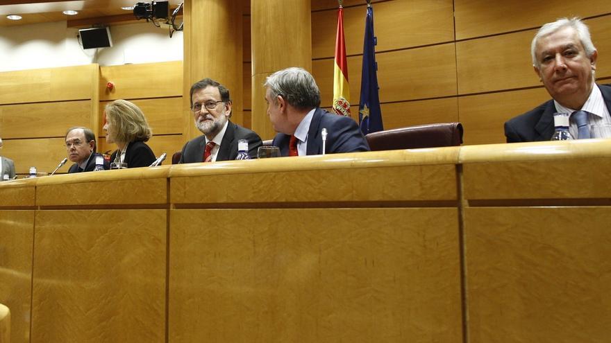 """Rajoy dice que no subirá IRPF ni IVA y recalca a C's que """"a la vez"""" no se puede cumplir con déficit y aumentar el gasto"""