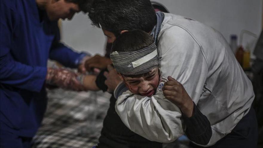 Al menos 13 muertos por bombardeos en las afueras de Damasco
