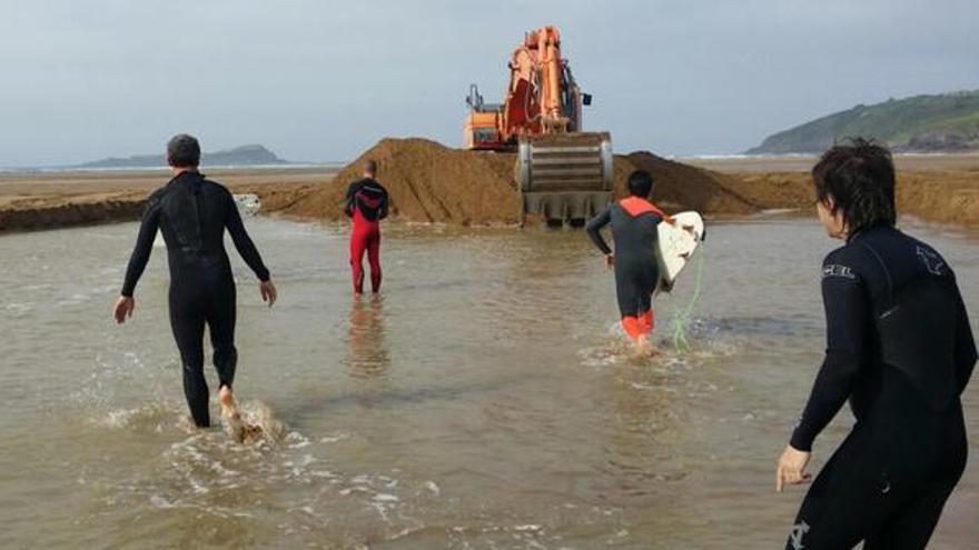 Foto del surfista Ibon Garmendia publicada en Twitter el 12 de mayo.