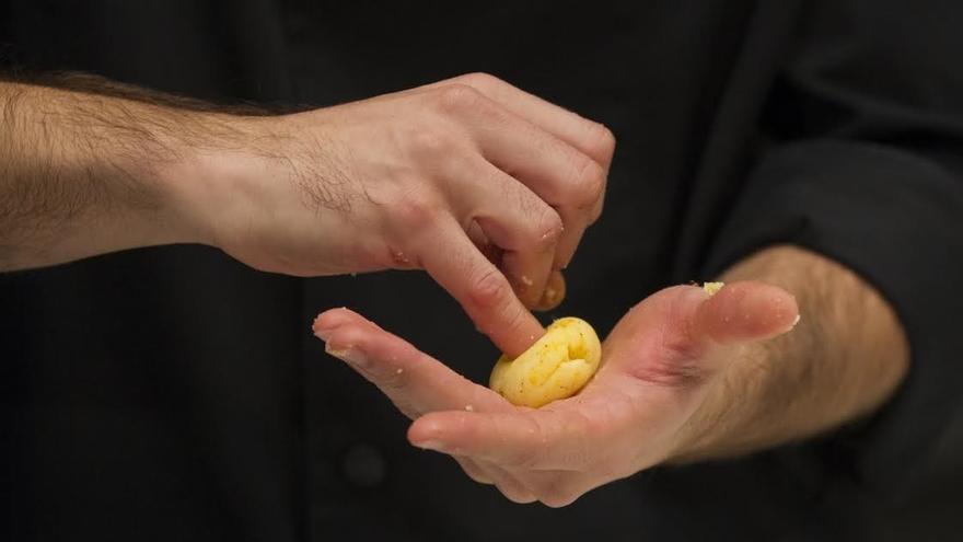 Hierbas aromáticas, bacalao, y patata, protagonistas de Cocinart