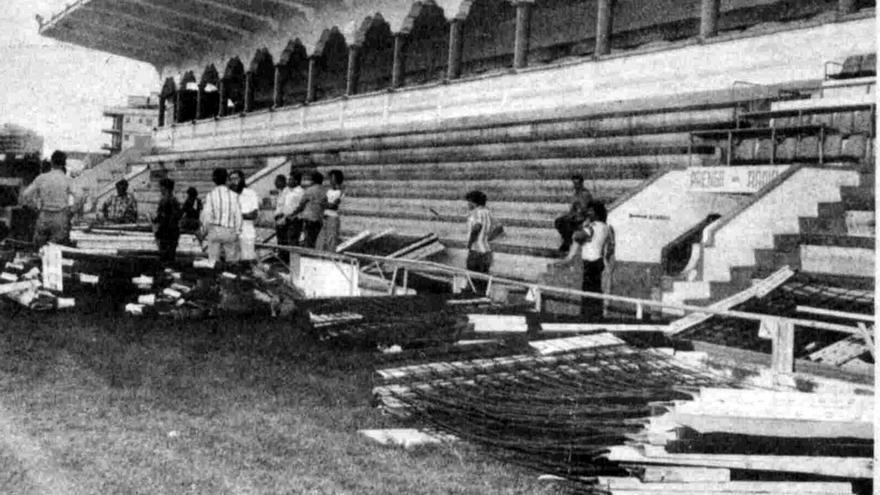 Instalación de las vallas en el Heliodoro en el verano de 1977.