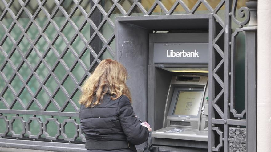 Liberbank cae un 18% ante la incertidumbre que ha generado la resolución de Popular