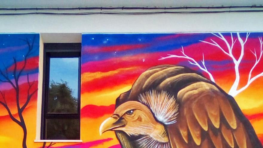 Mural contra la despoblación en un pueblo de Guadalajara