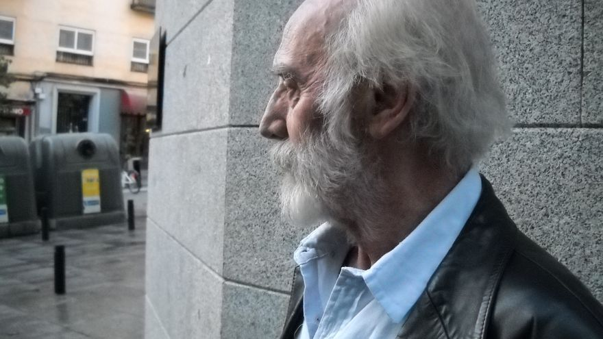 Javier Krahe, en la calle Pez | JESÚS MARTÍN