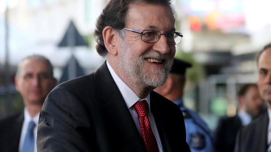 Rajoy carga de actos económicos la agenda de su viaje a Brasil y Uruguay