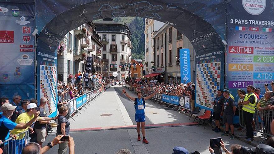 Marc Pinsach se impone en el OCC (© Ultra-Trail du Mont-Blanc / Nathalie Ecuer).